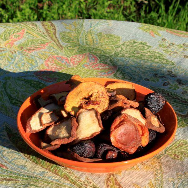 Dried Organic Mixed Fruit 1/2 lb-102